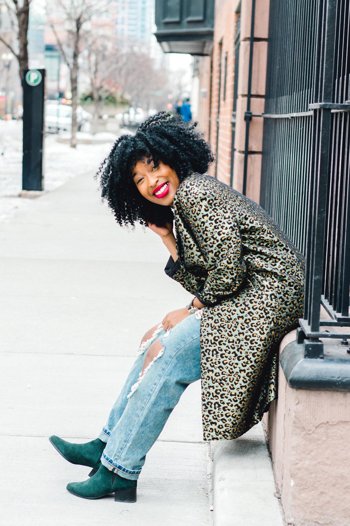 mom jeans, leopard blazer, natural hair, black fashion blogger
