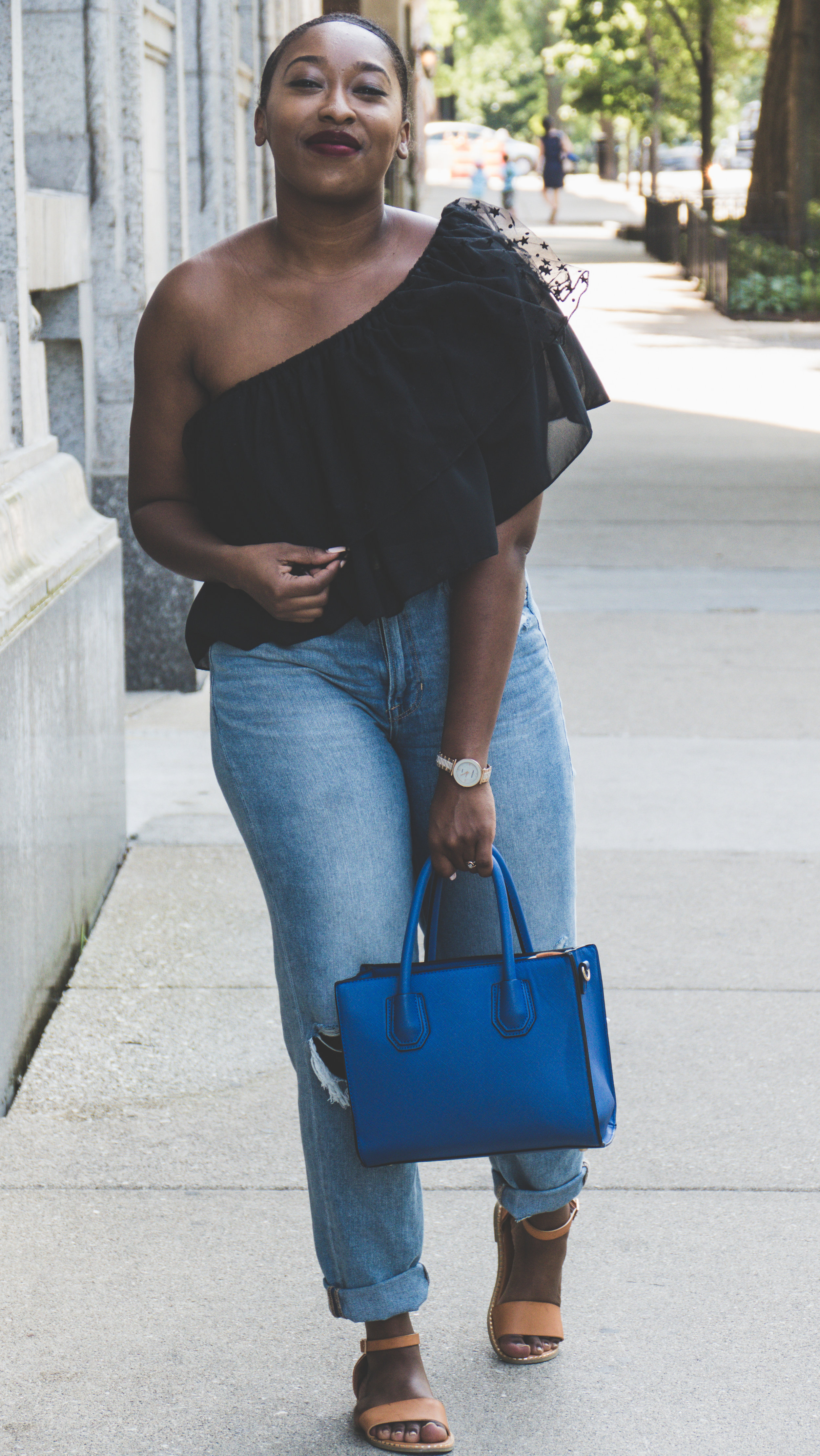 Off the shoulder top, how to style a how the shoulder top, what should I wear, american eagle jeans,autumlove