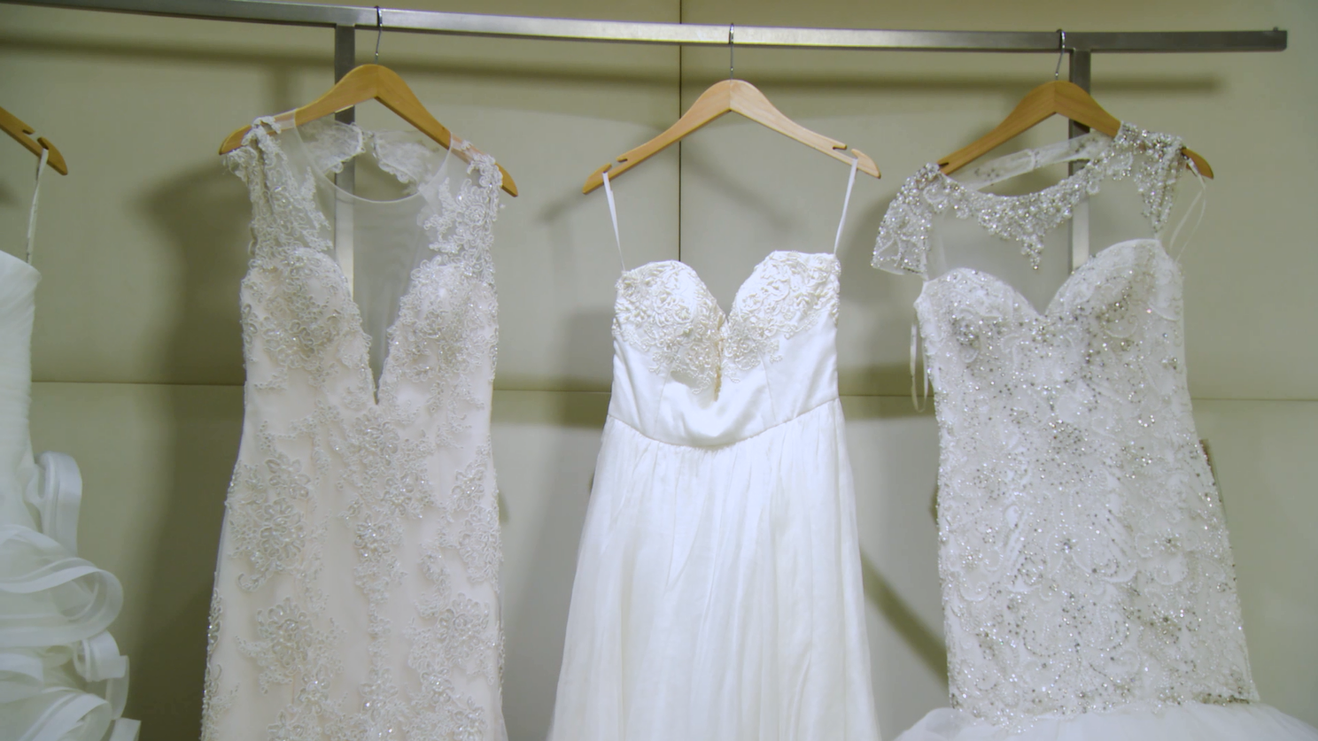 How To Shop a Bridal Sample Sale,  Macy's State Street Chicago