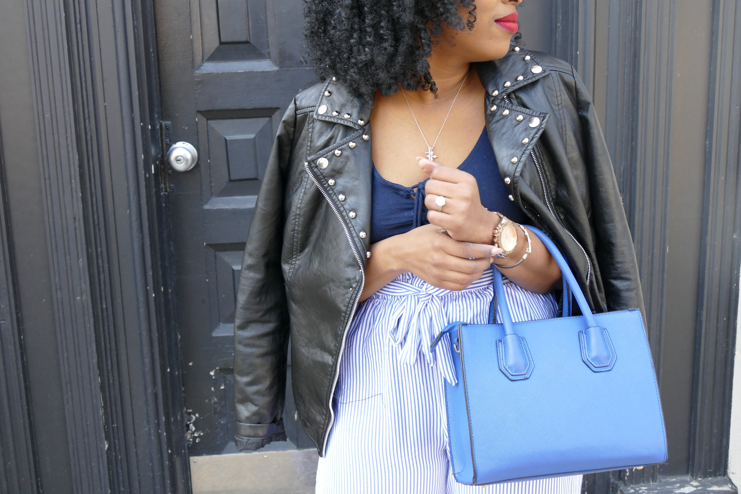 Leather Jacket, highwaisted pants, how to wear a leather jacket, high waisted pants outfit, blue pants outfit, how to style