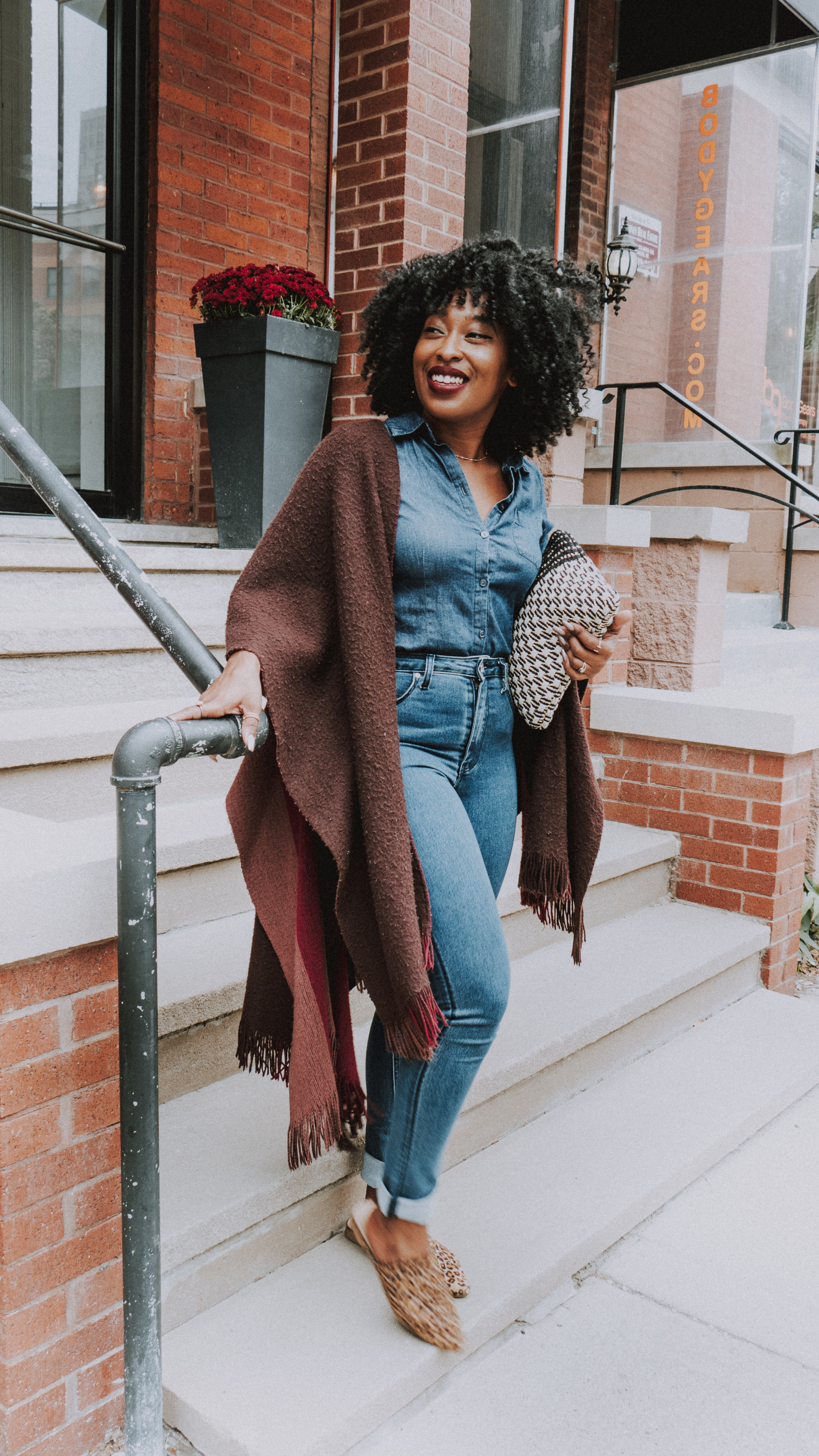 Denim on denim outfit, cape outfit, how to style a poncho, cape outfit