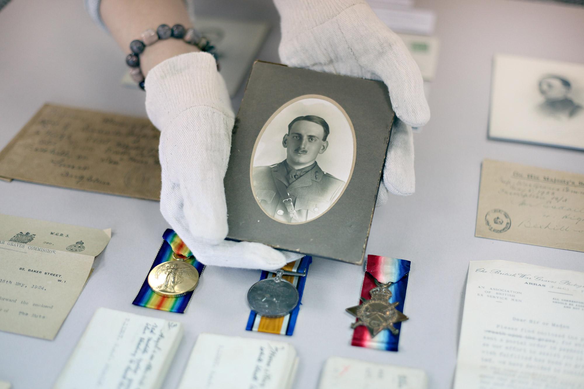 picture-perfect-military-memorabilia-1.jpg