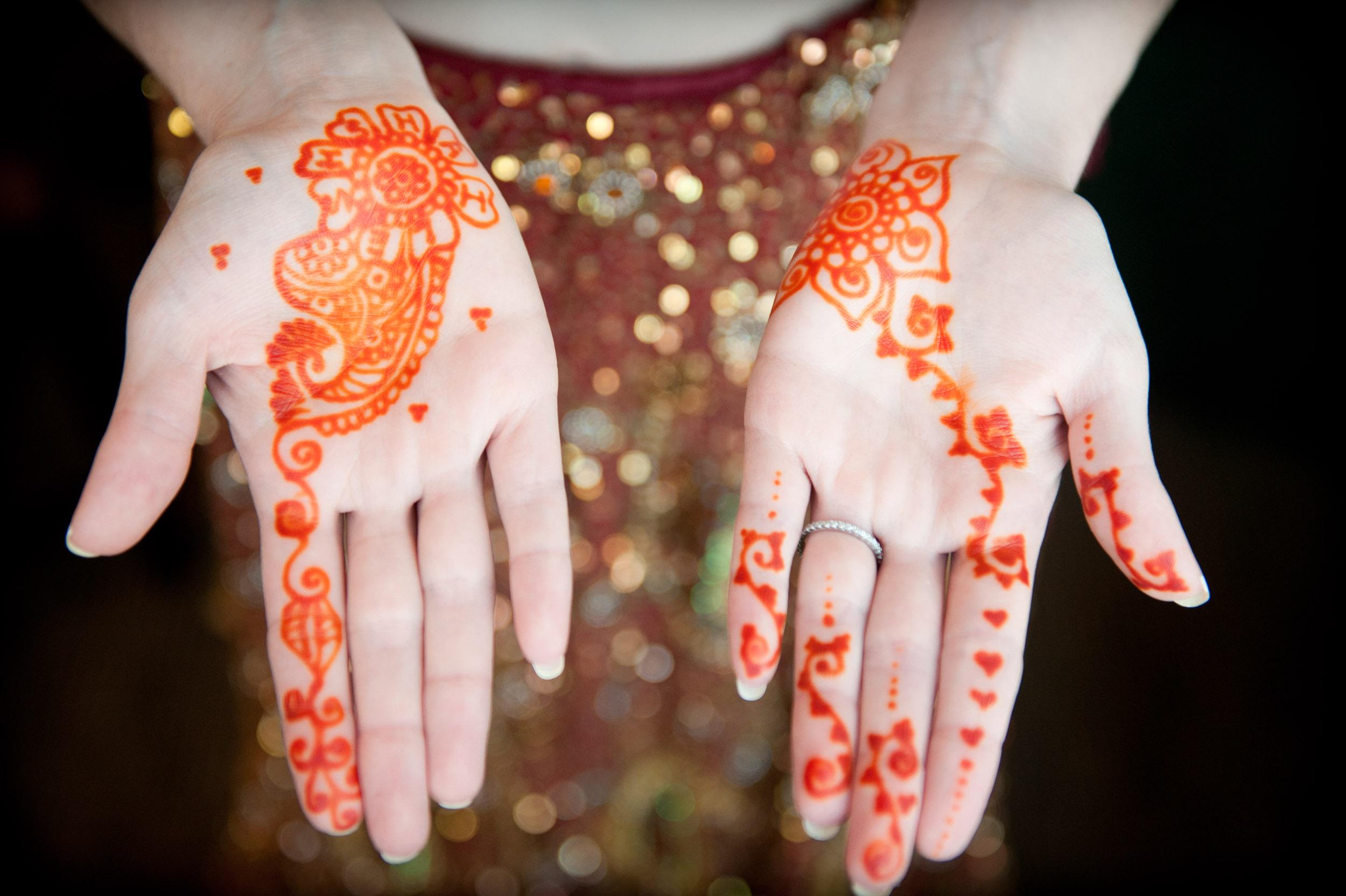 Wedding76Indian_Wedding_hands_cu-2.jpg