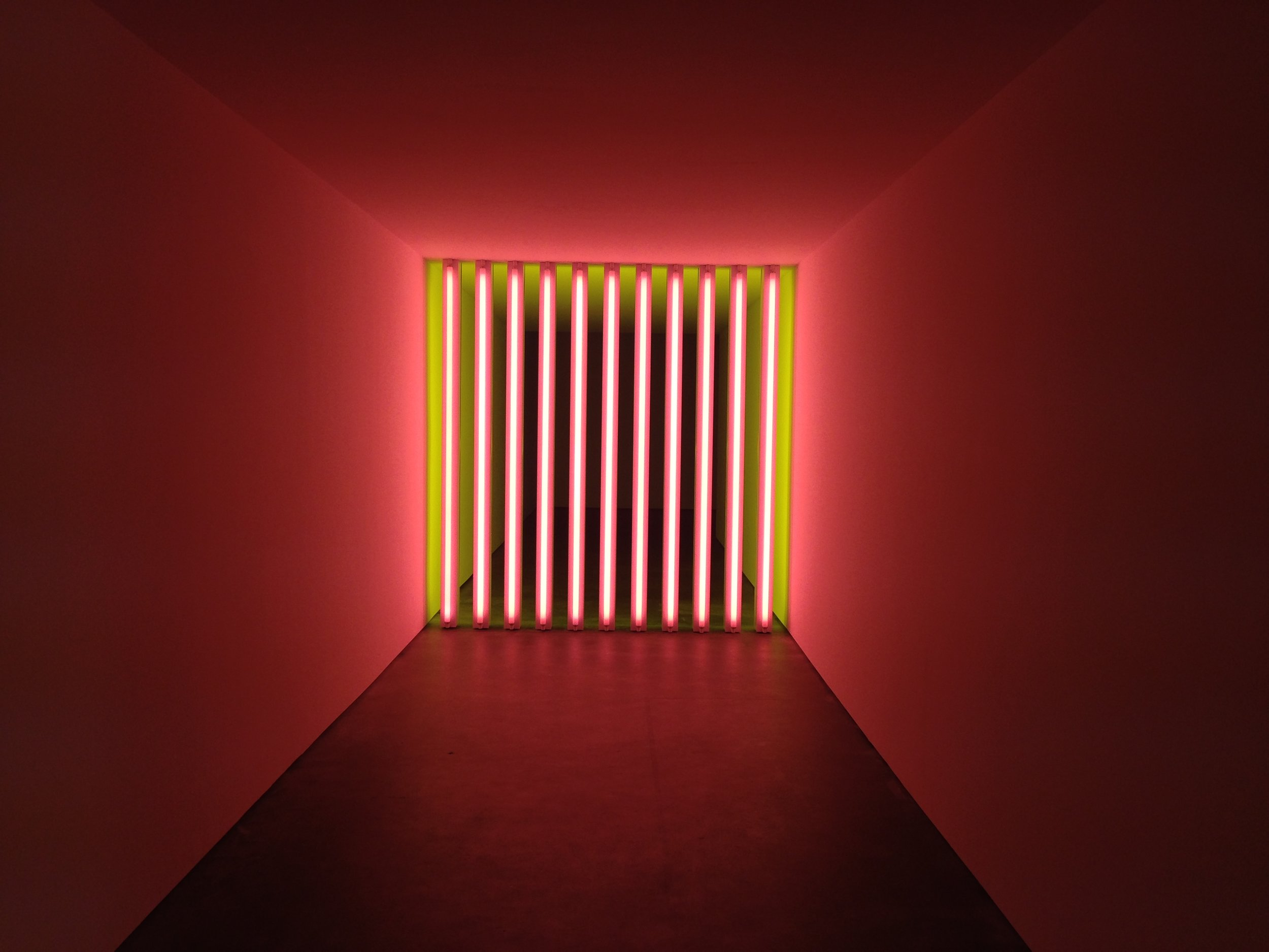 Dan Flavin, Untitled (to Barry, Mike, Chuck and Leonard), 1972-‐1975