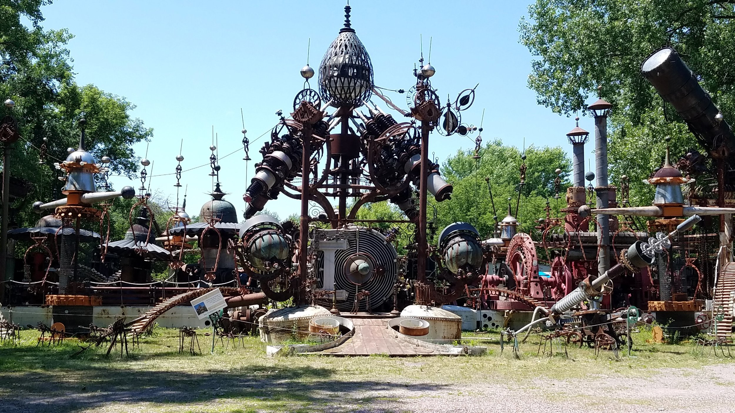 Dr Evermor's Forevertron Park