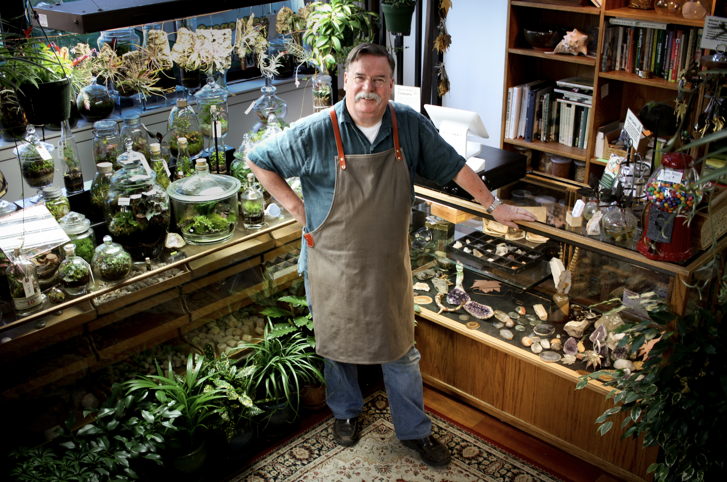 ROOSEVELT'S TERRARIUMS in collaboration with RUBINELLI GLASS