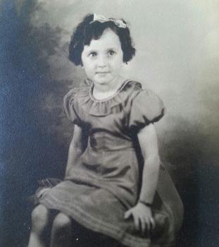 ASM-barbara-jean-ross-childhood.jpg