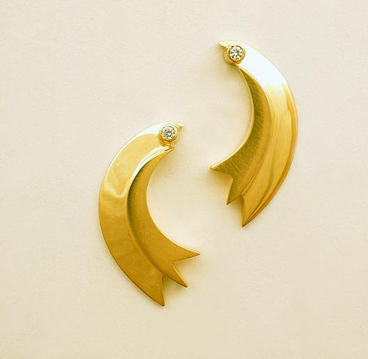 JamesBradshaw-Goldsmith-Earrings-15.jpg