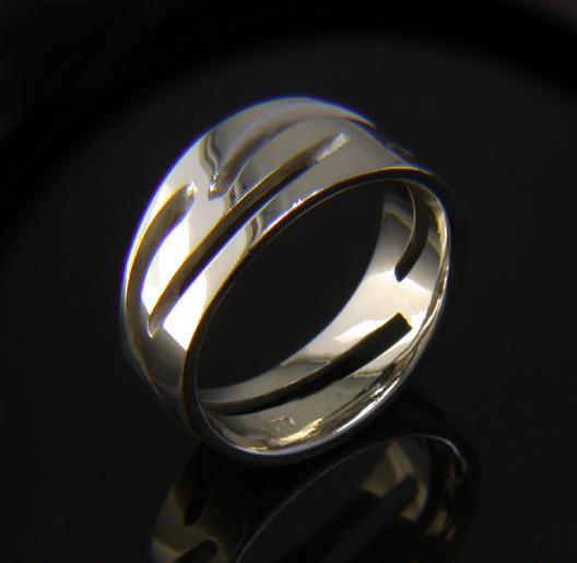 JamesBradshaw-Goldsmith-Gold-and-Diamond-Bandring6.jpg