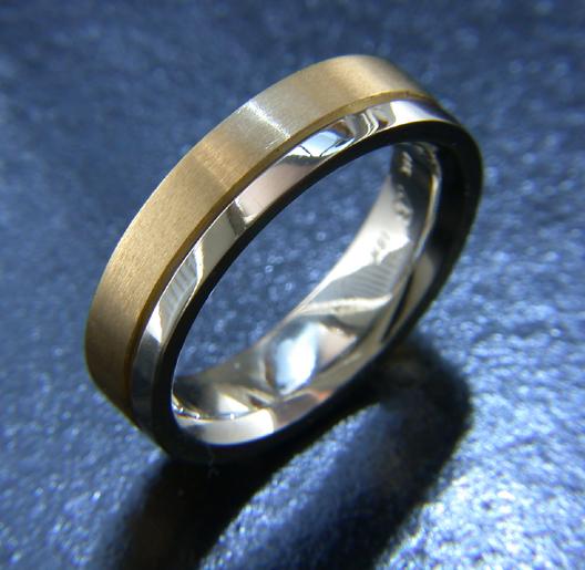 JamesBradshaw-Goldsmith-Gold-and-Diamond-Bandring13.jpg