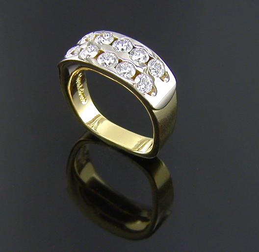 JamesBradshaw-Goldsmith-Gold-and-Diamond-Bandring14.jpg