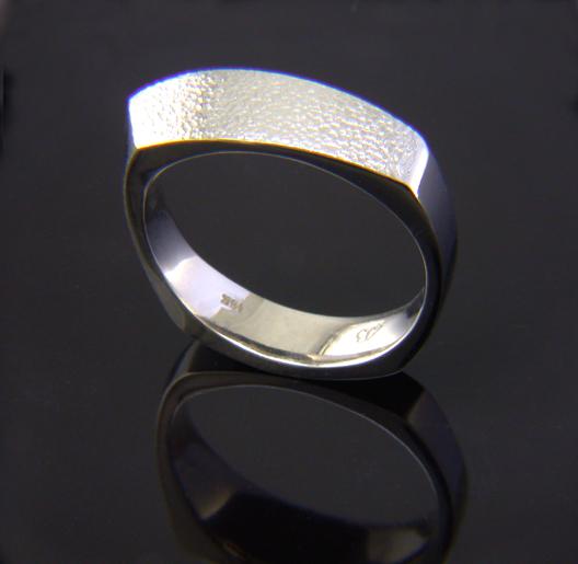 JamesBradshaw-Goldsmith-Gold-and-Diamond-Bandring16.jpg