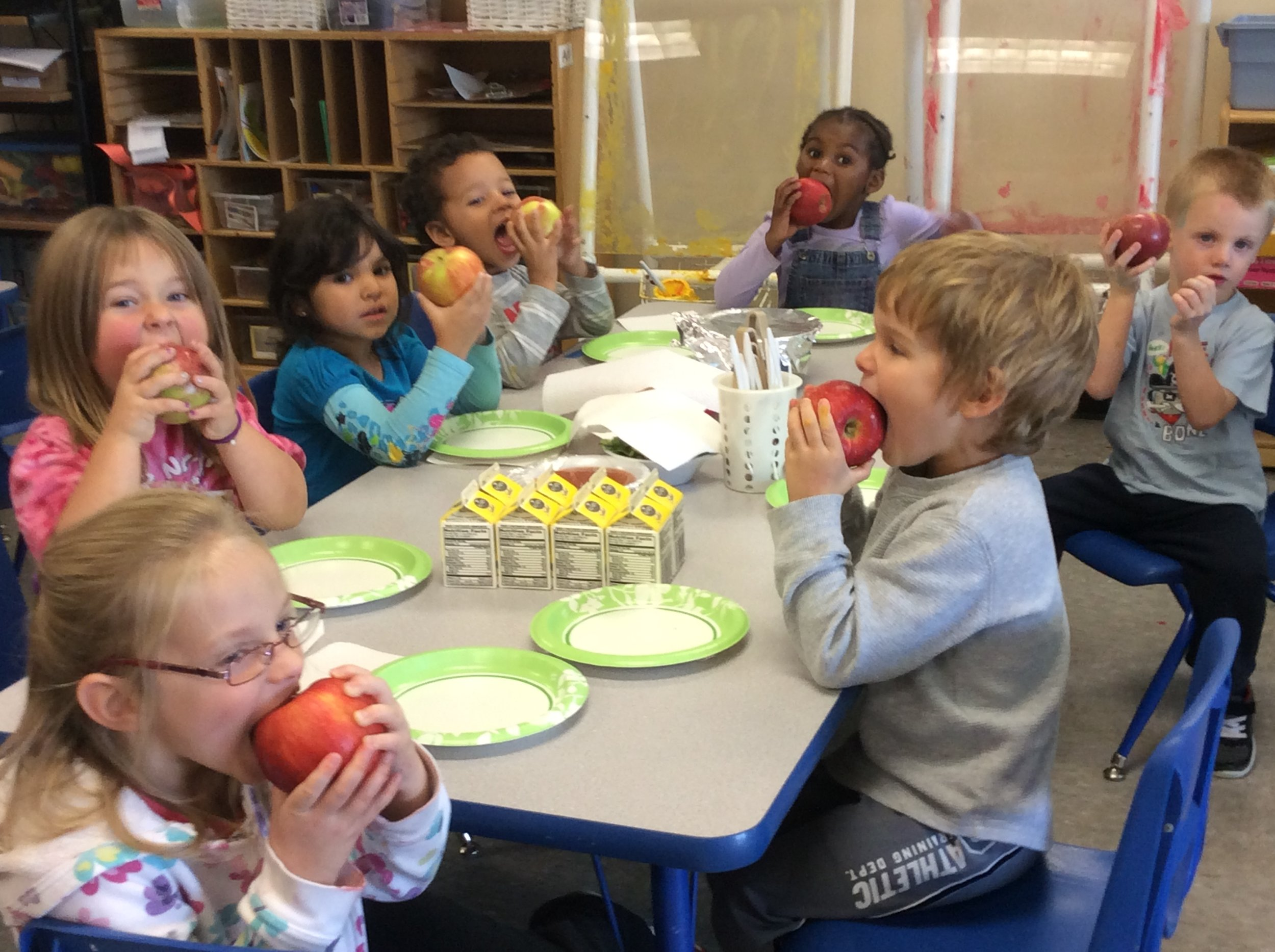 An early care program with local apples