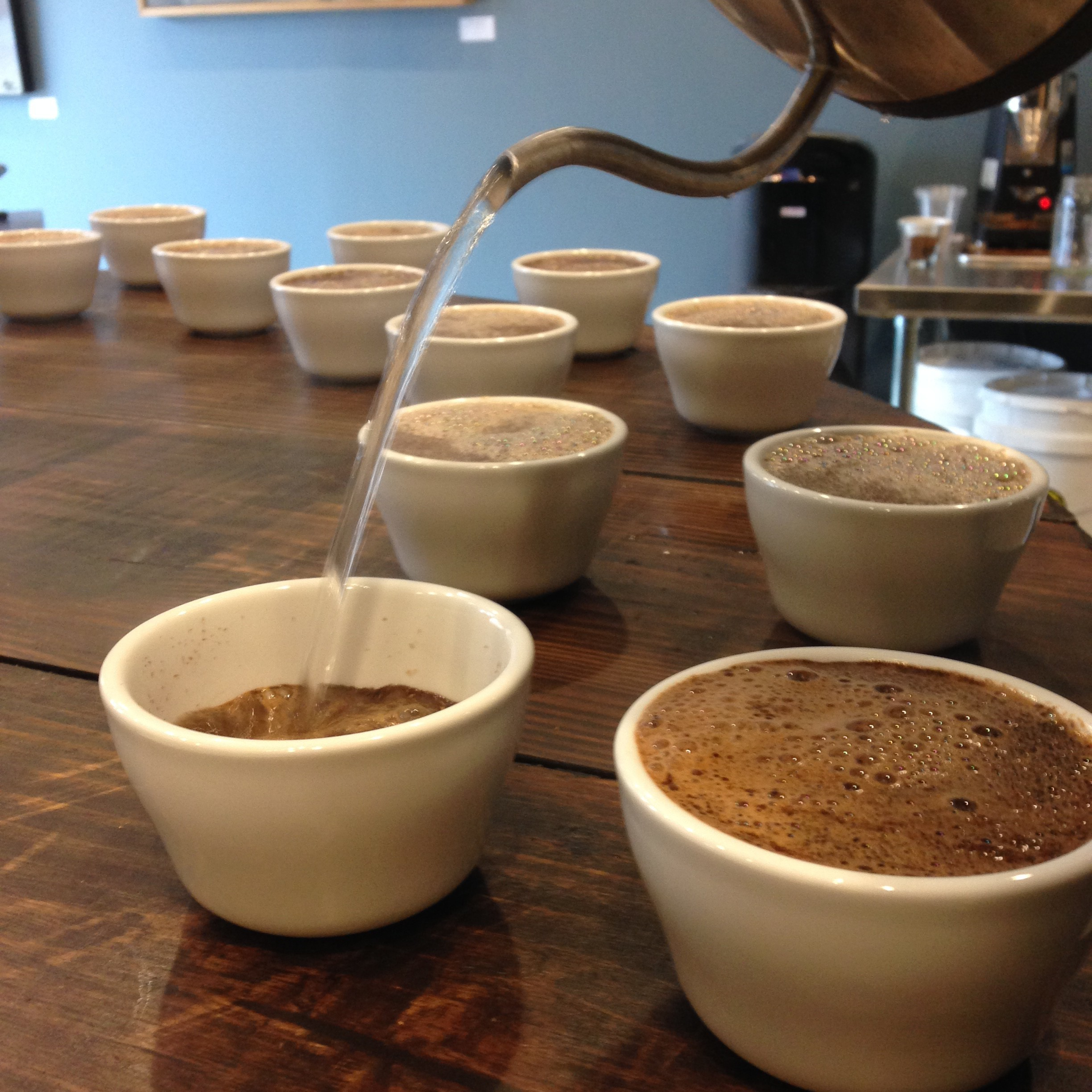 Uel Zing Tinker Coffee Cupping Close