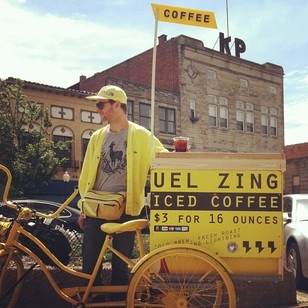 Samuel Sveen and his Uel Zing coffee cart | PHOTO COURTESY OF SAMUEL SVEEN