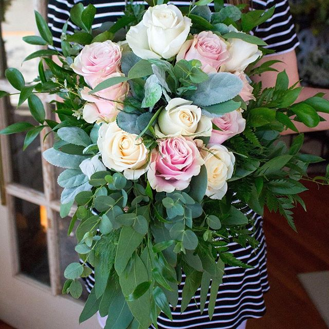 Keep the summer weddings coming!  Have we ever mentioned we love weddings? 😊💐