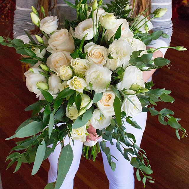 Wedding flowers from this weekend!  Fresh or silk arrangements, we love them all!