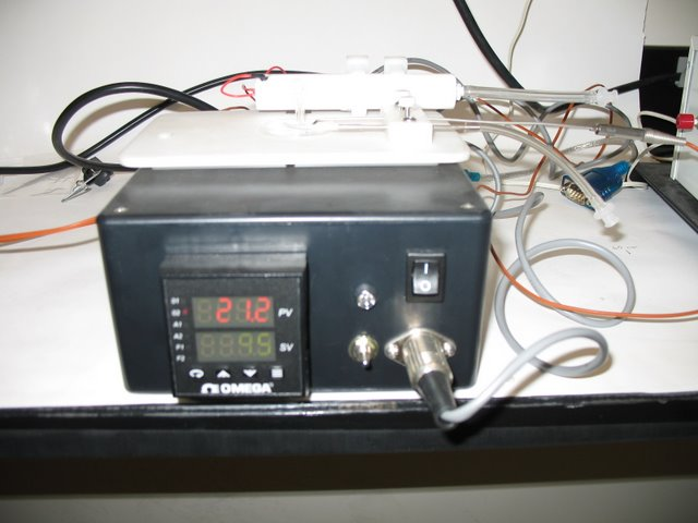 Schier Lab: Driver for a rapid-response temperature controlled  microscope stage instert. The unit is capable of changing temperature at  a rate of 2 degrees C/s.