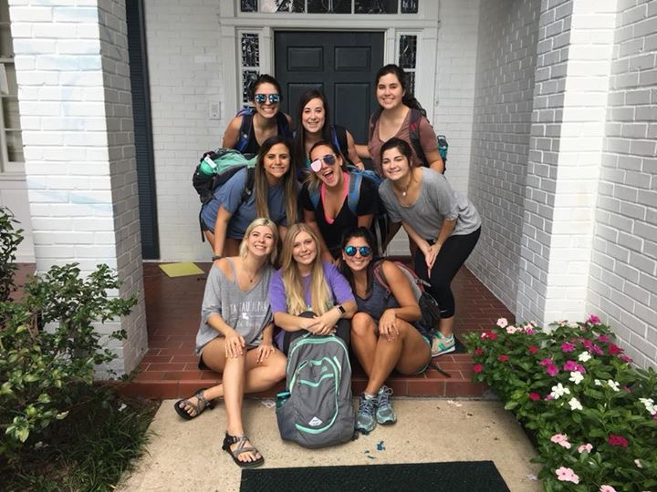 First day of classes calls a picture in front of the house!