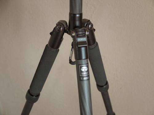Sirui T-025X