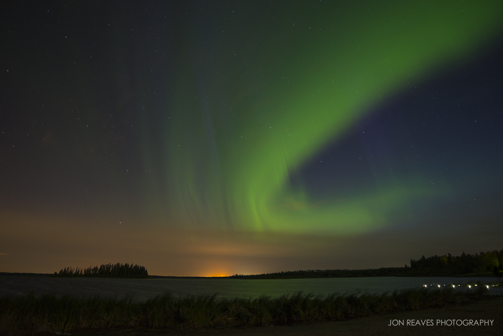 Northern Lights over Astotin Lake, Elk Island National Park, Canada (18mm, f3.5, 13 sec, ISO 800)