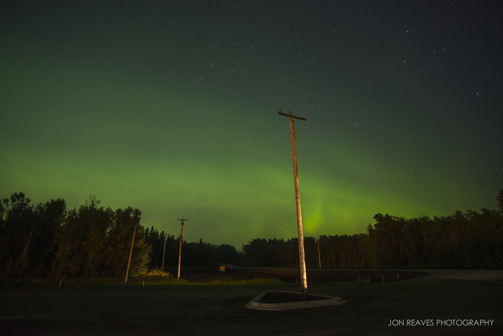 Northern Lights over Power Lines, Elk island National Park (18mm, f3.5, 15 sec, ISO 1000)