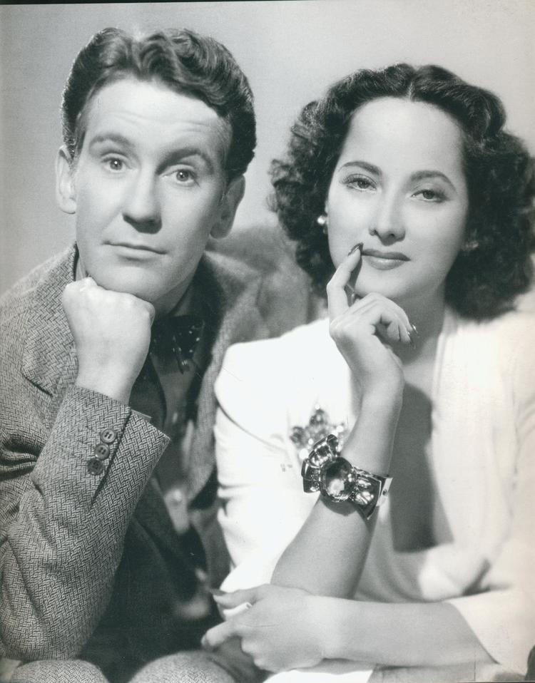 Actress Merle Oberon wearing the Paul Flato Citrine Moderne bracelet