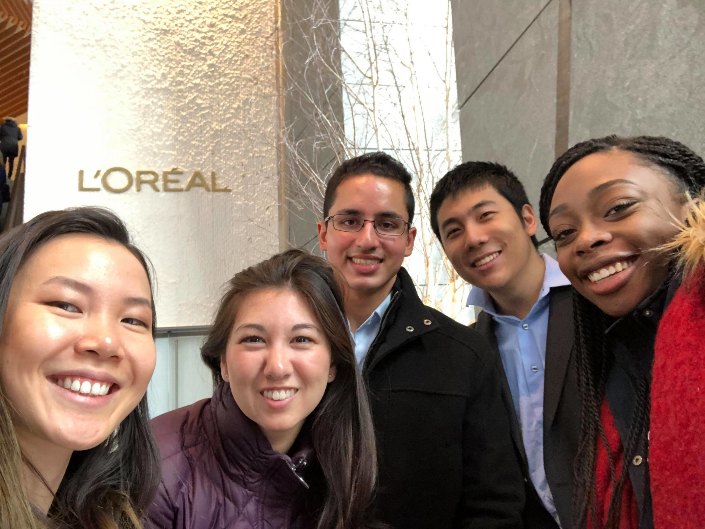 2017 Fall WAF team working with L'ORÉAL
