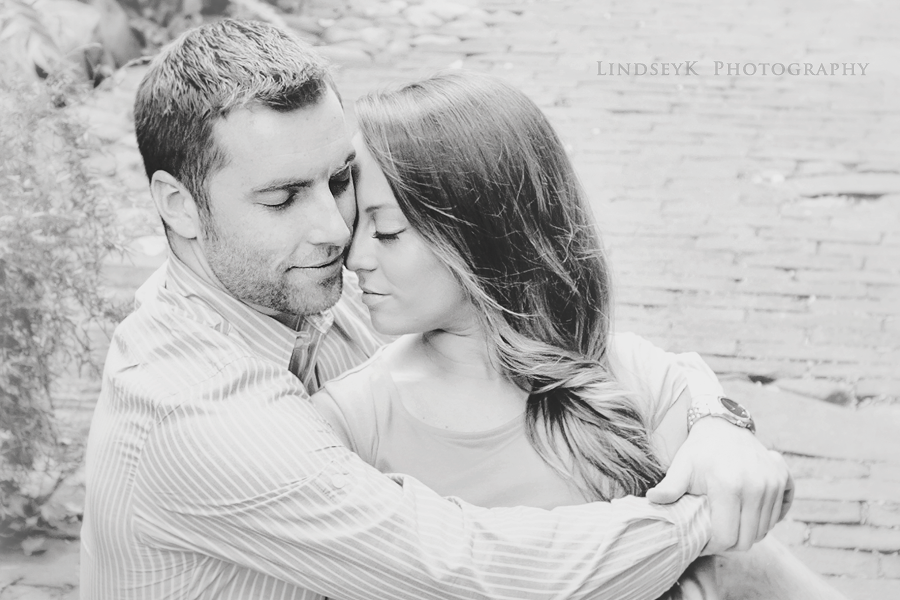 black-and-white-engagement-photography.png