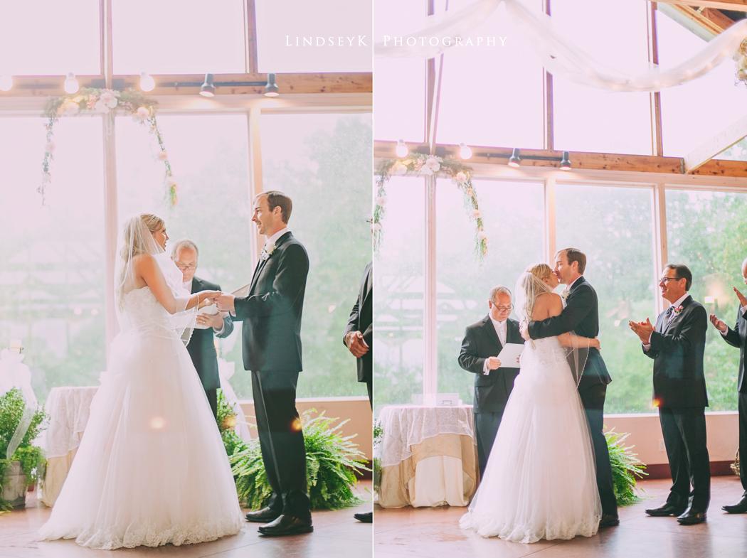 romantic-charlotte-ceremony.jpg