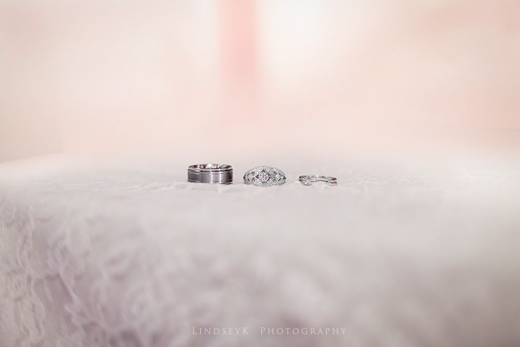 vintage-wedding-ring-photography.jpg