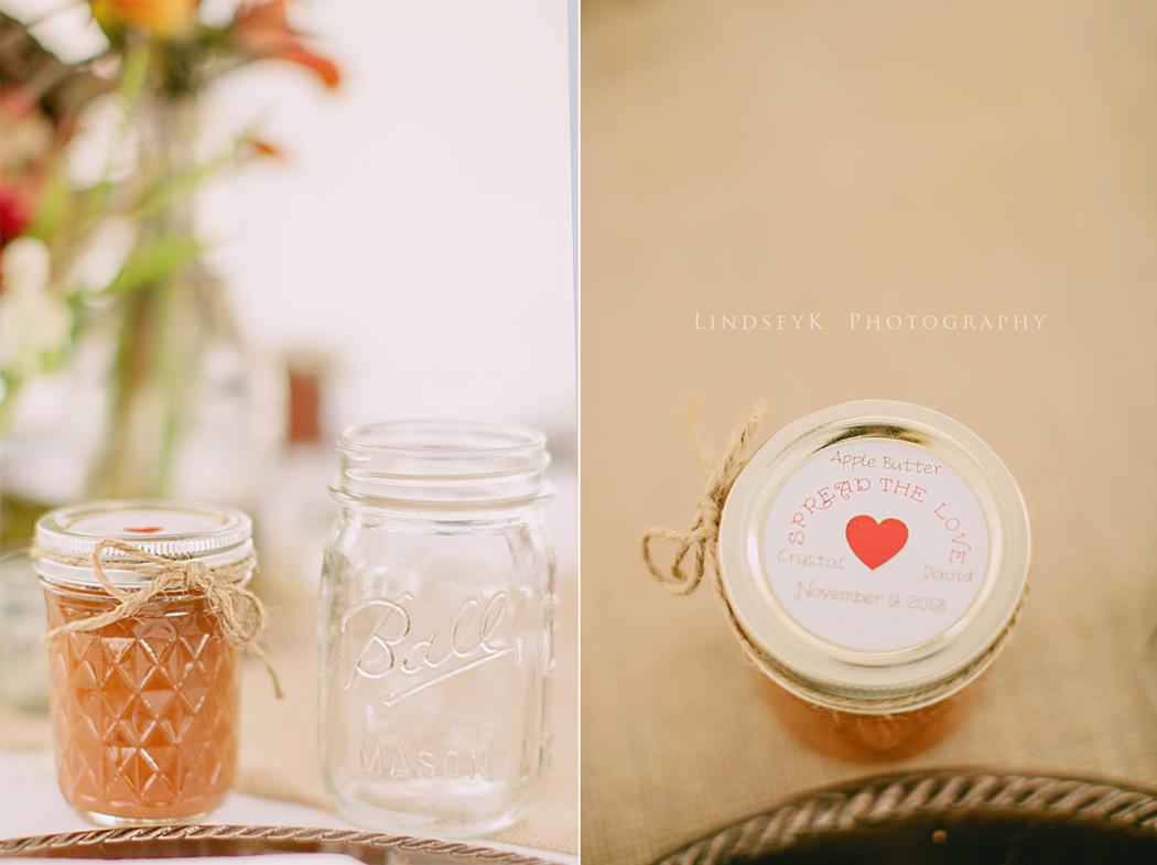 apple-butter-wedding-favor