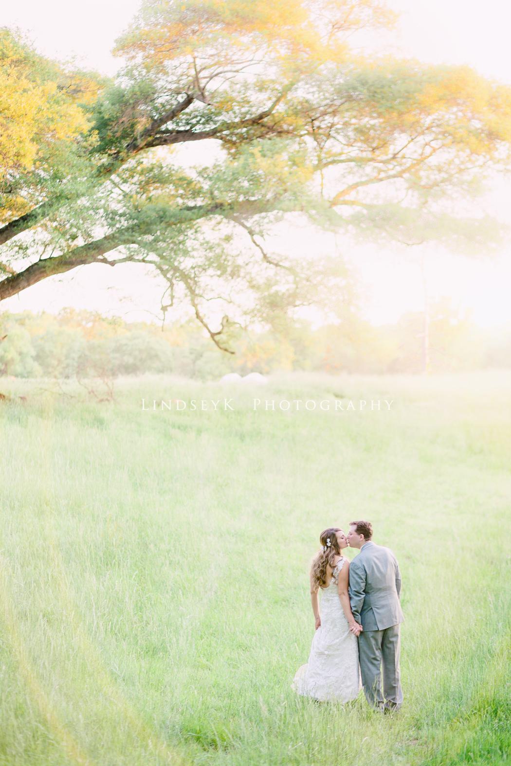 romantic-farm-wedding.jpg