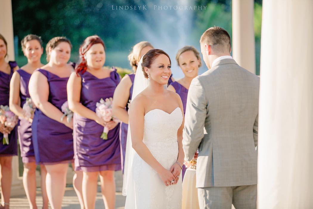 bride-at-alter