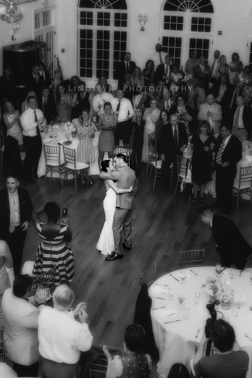 first-dance-from-balcony