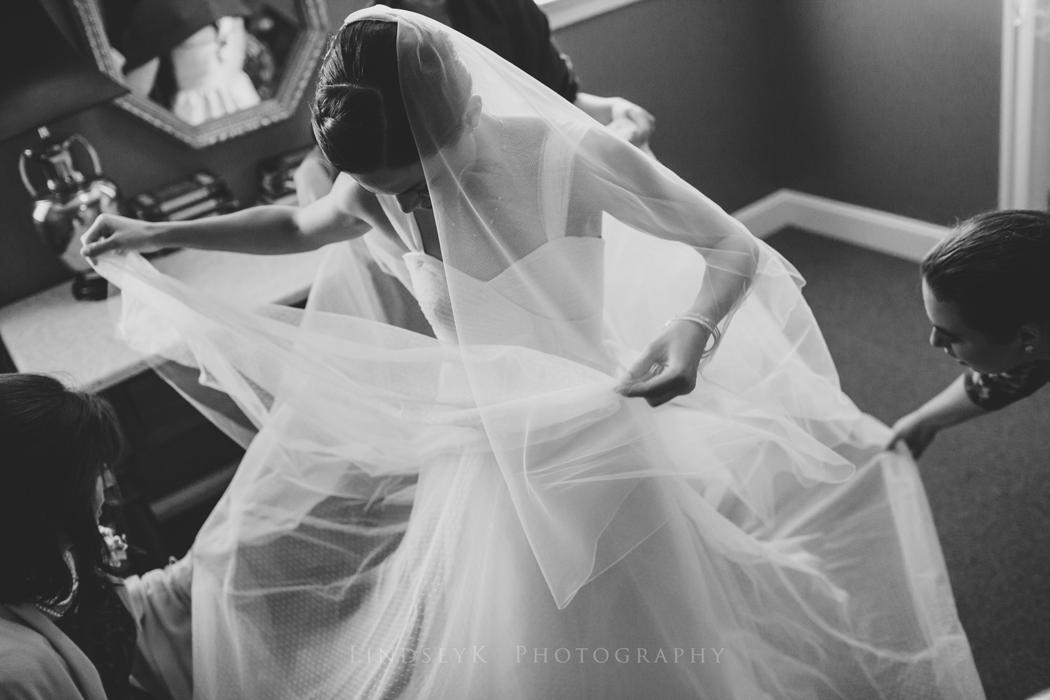 candid-bride-ready.jpg