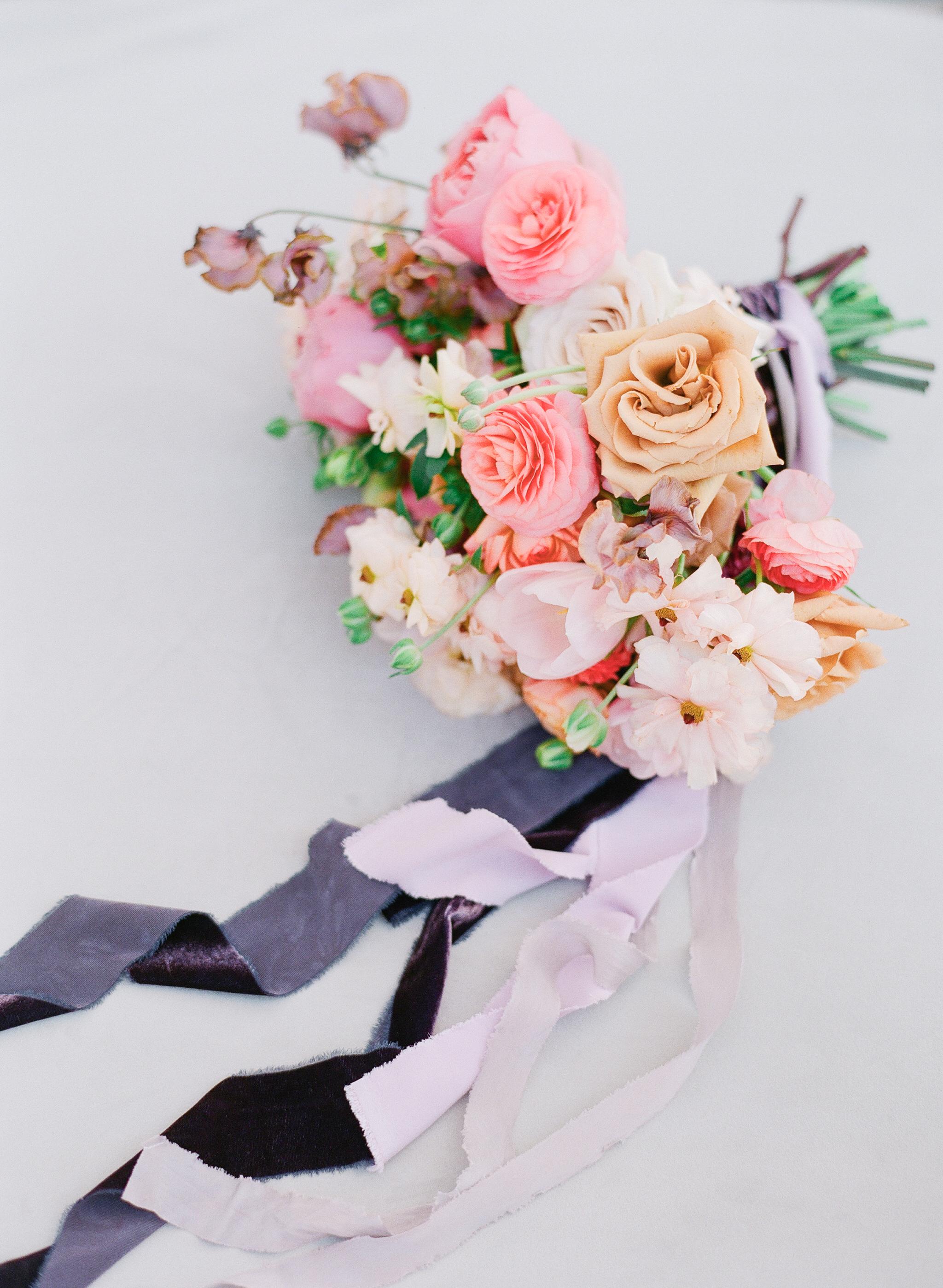 Savan Photography I Oak + Amble flowers