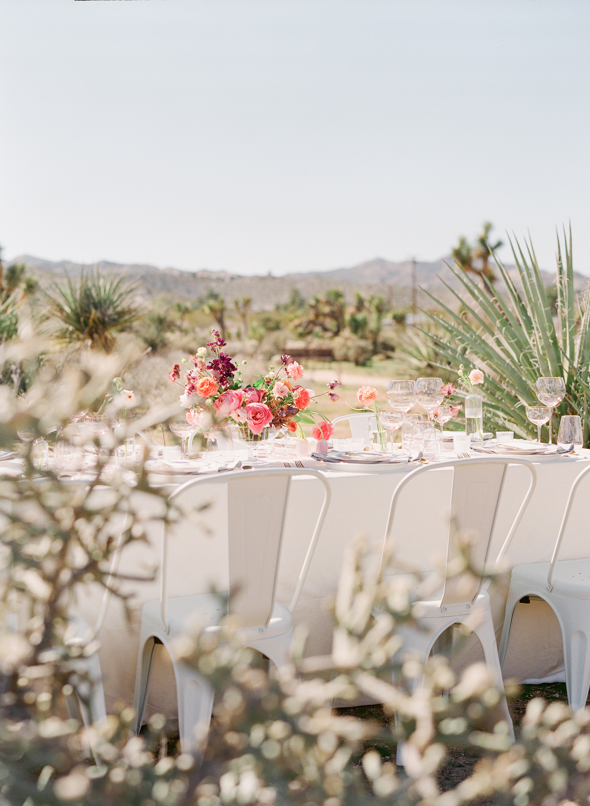 Savan Photography I Oak + Amble flowers I Signature Party Rentals table top goods I Party Crush Studio linens  *note: all tables and chairs used in this shoot belong to Tumbleweed Sanctuary and can be used for your gathering.