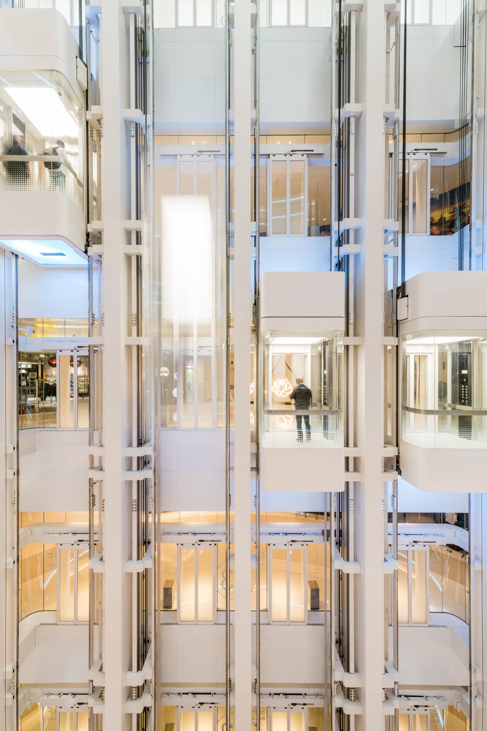 Glass Lift CWTC
