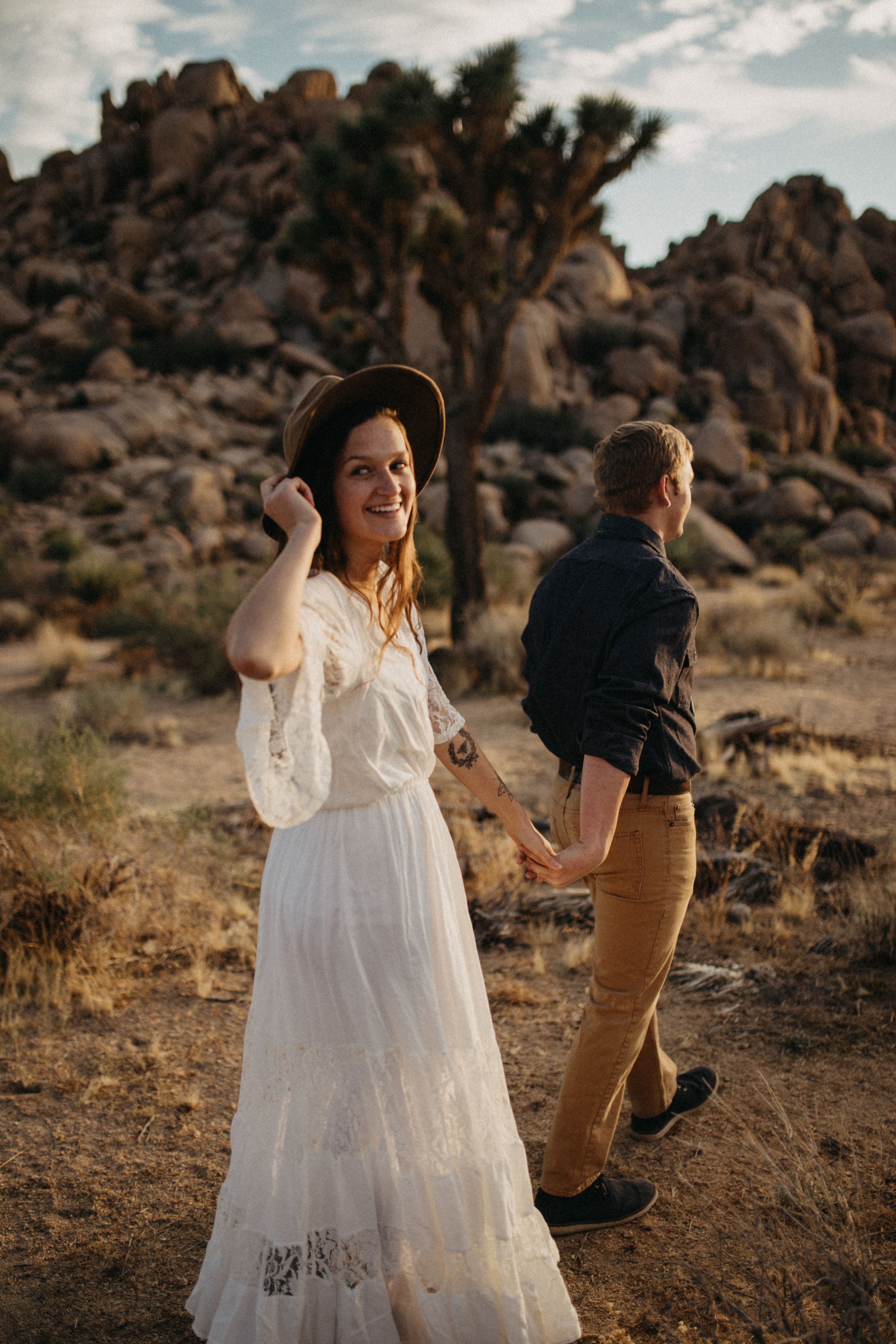 Joshua Tree National Park Adventure Couples Session Photographer Payton Marie Photography-20.jpg