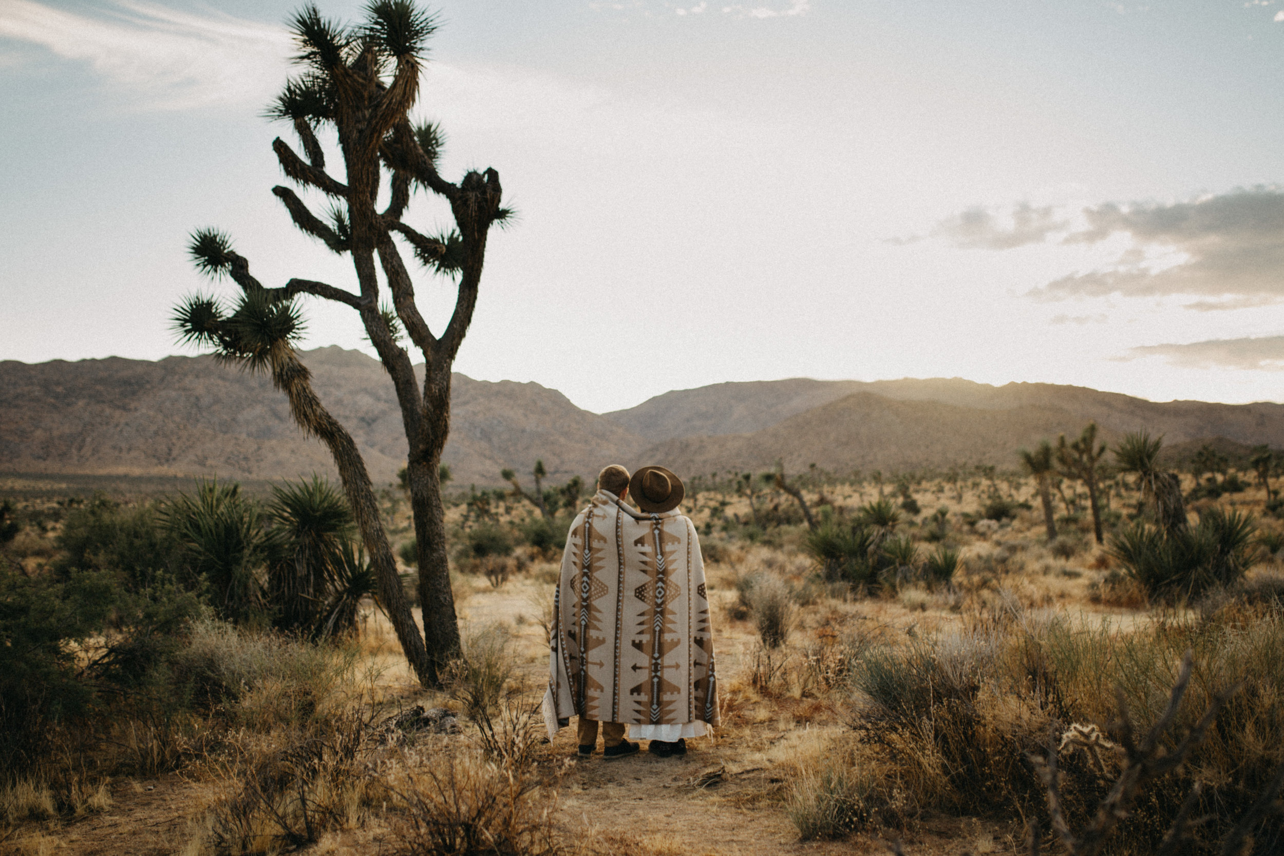 Joshua Tree National Park Adventure Couples Session Photographer Payton Marie Photography-24.jpg