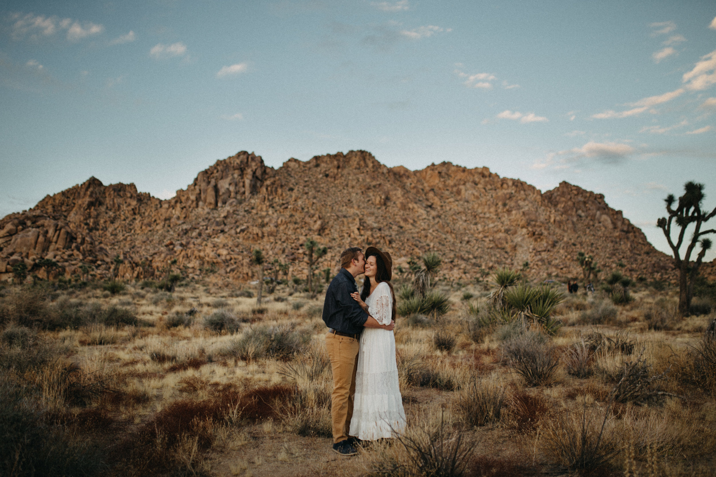 Joshua Tree National Park Adventure Couples Session Photographer Payton Marie Photography-28.jpg