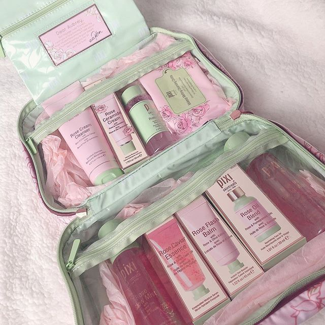 Thank you @pixibeauty #pixibeauty @aubreykaye 💖💕 my sister and I have been obsessing with this rose line🌹