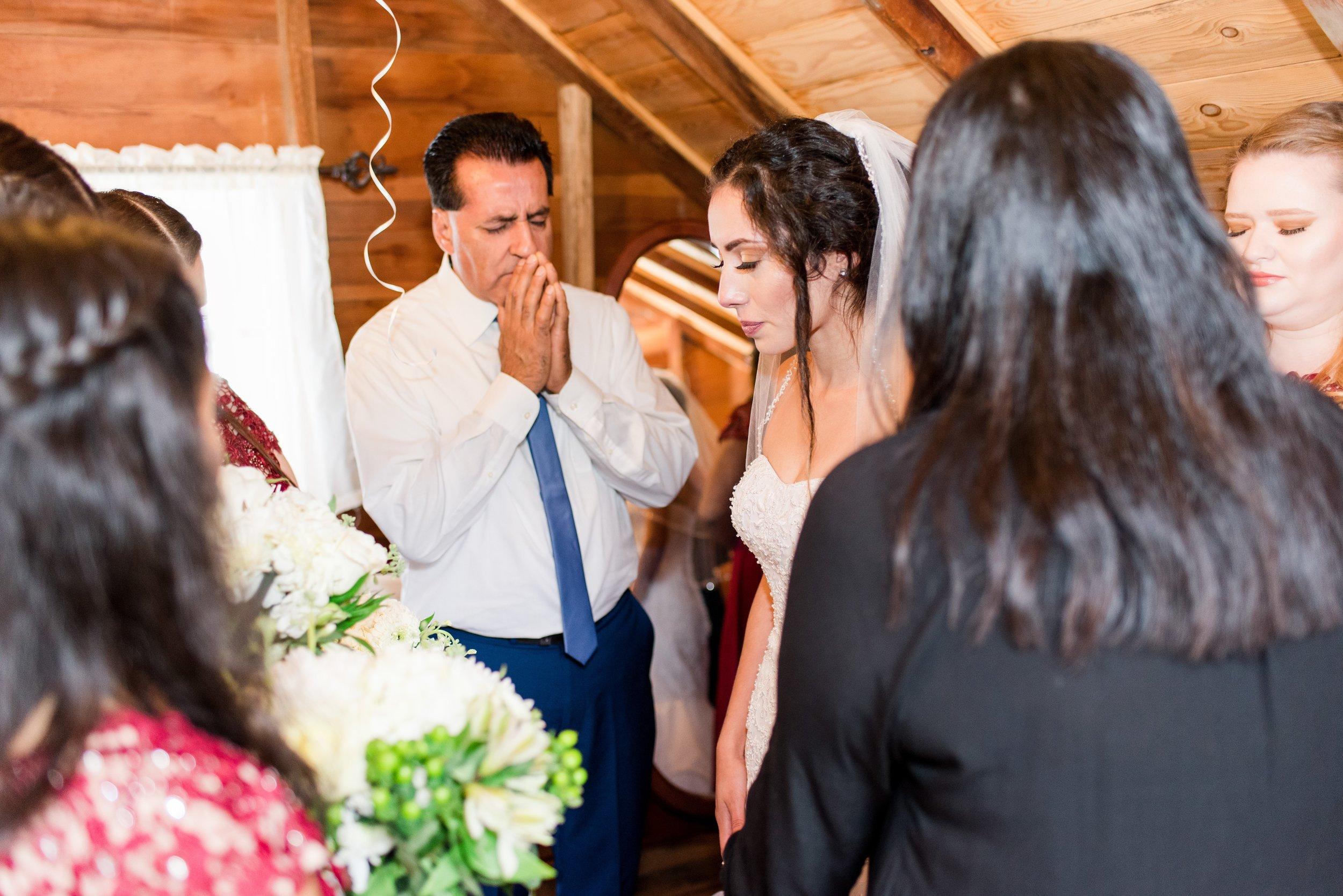 Wenatchee, WA Hampton Hideaway White Barn Wedding - Wenatchee, Washington Wedding Photographer - Morgan Tayler Photo & Design - Tri Cities, WA Wedding Photographer