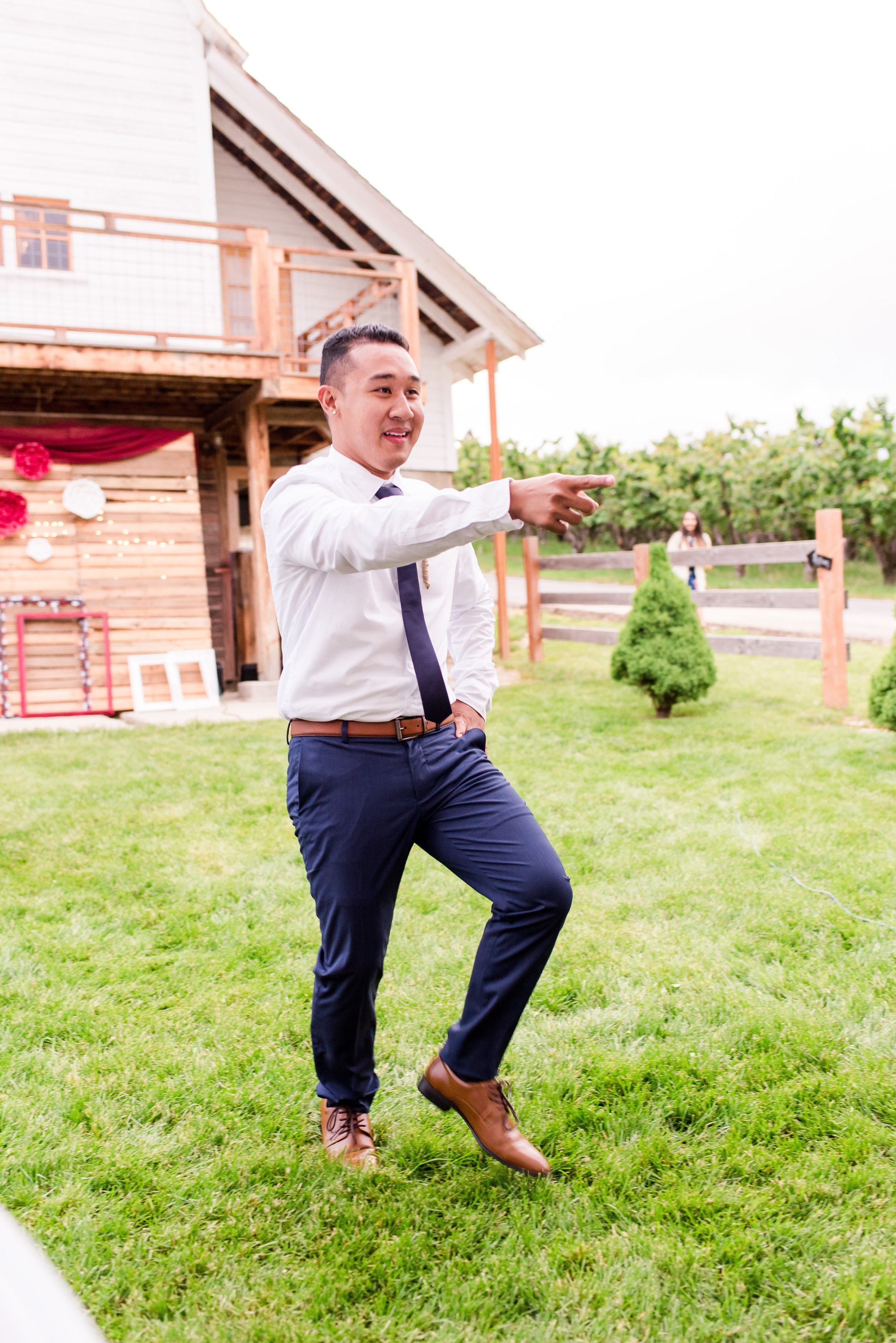 Wenatchee, Washington White Barn Wedding - Hampton Hideaway - Morgan Tayler Photo & Design - Wenatchee Wedding Photographer