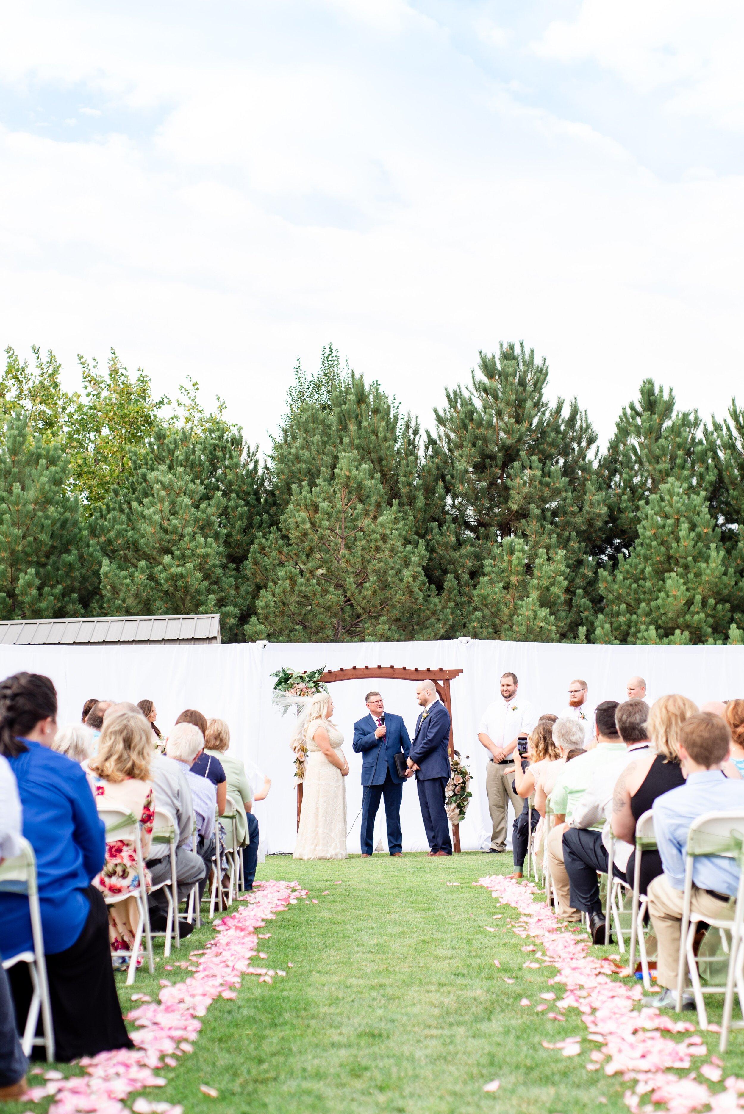 Backyard Wedding Altar- Tri Cities Wedding Photographer - Morgan Tayler Photo & Design - Tri Cities Washington Backyard Wedding