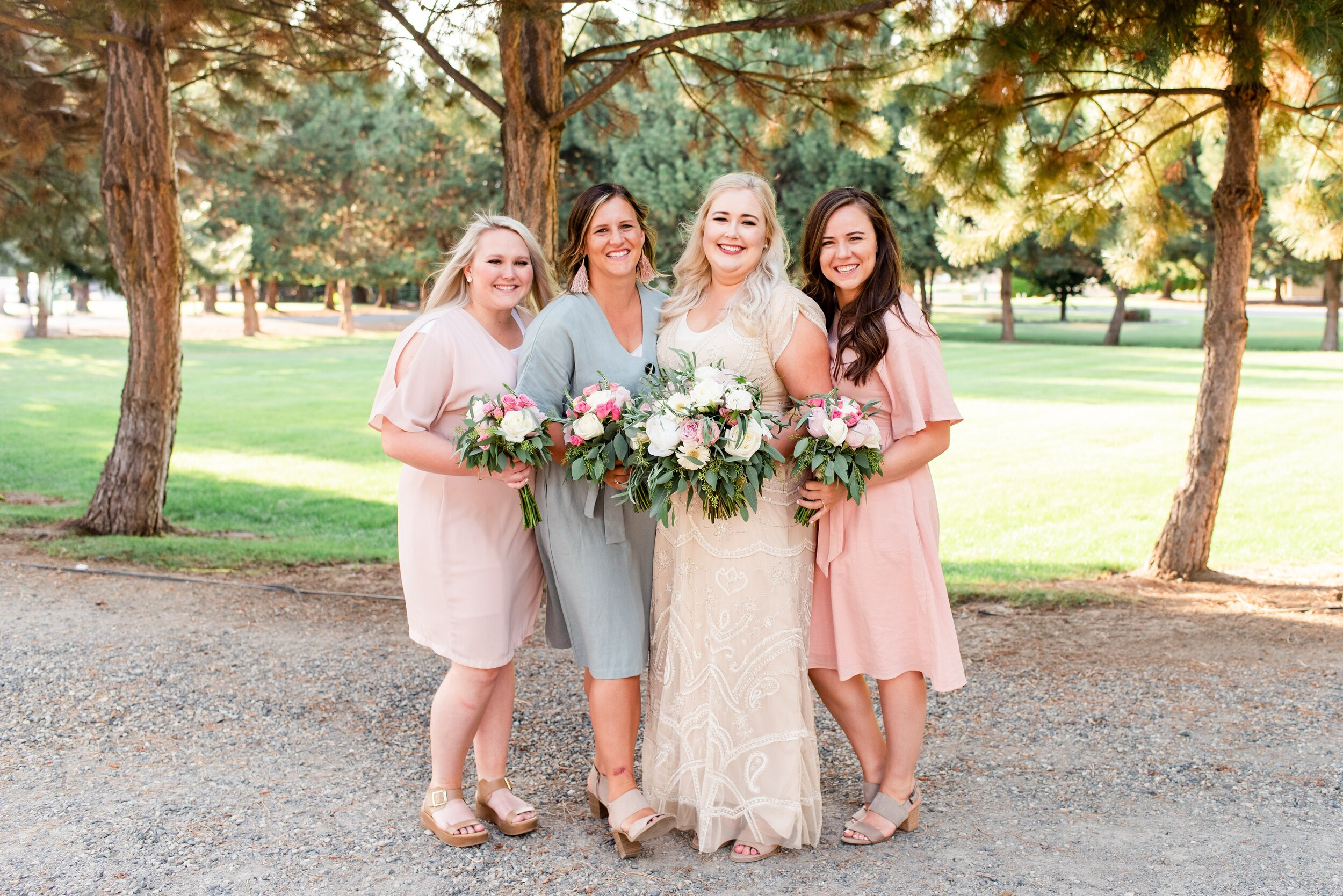 Bride & Bridesmaids - Tri Cities Wedding Photographer - Morgan Tayler Photo & Design - Tri Cities Washington Backyard Wedding