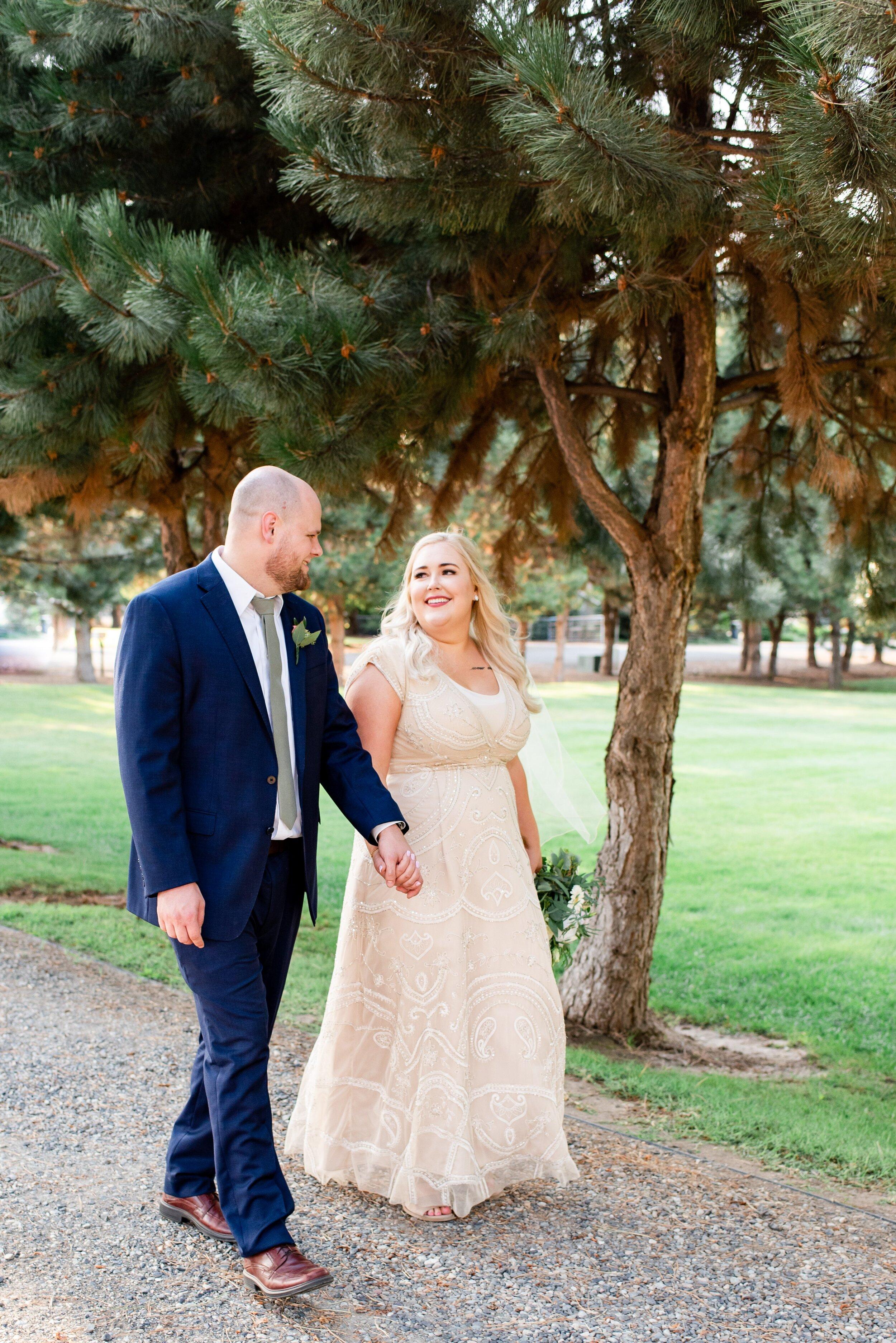 Bride & Groom Portraits- Tri Cities Wedding Photographer - Morgan Tayler Photo & Design - Tri Cities Washington Backyard Wedding