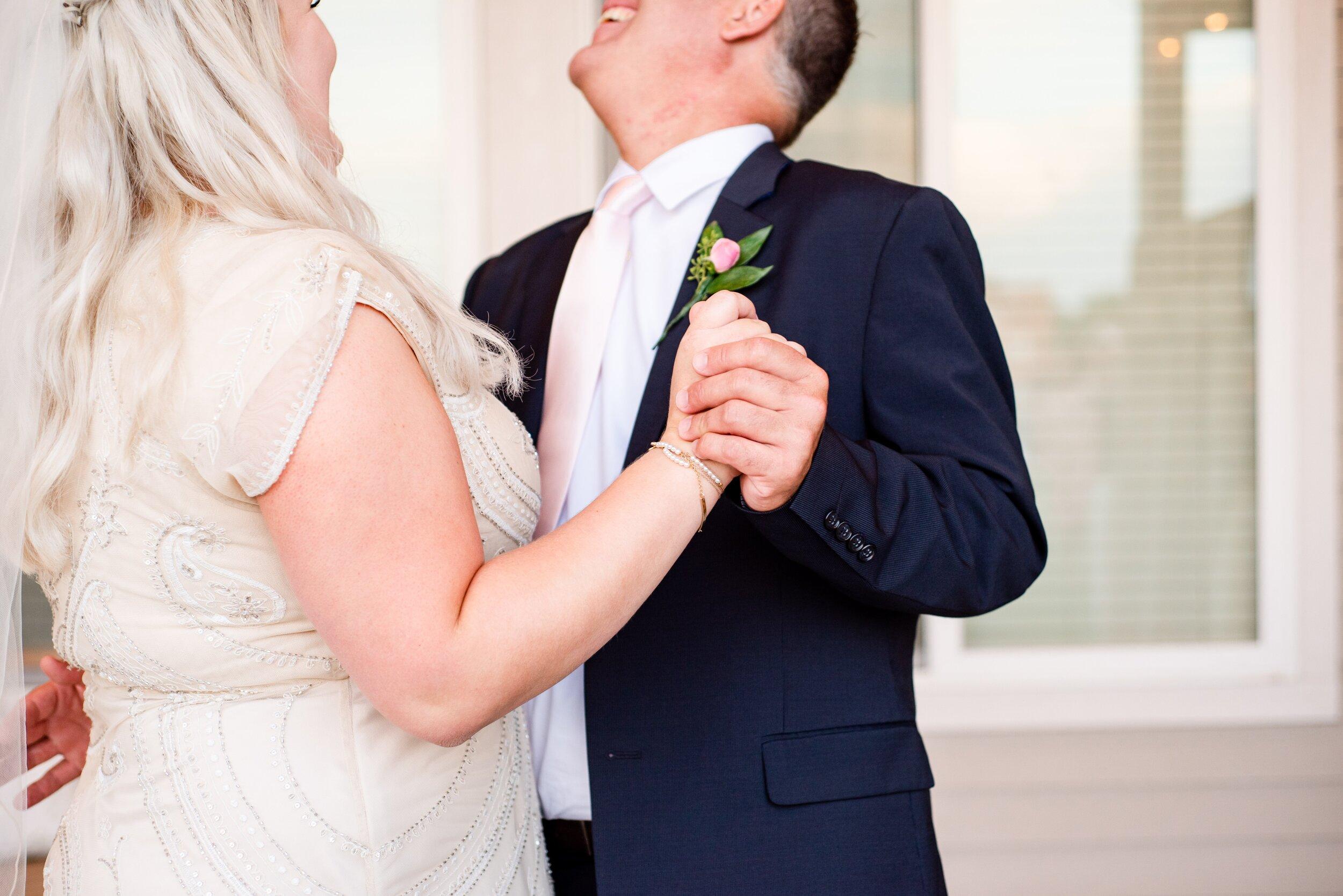 Daddy Daughter Dance - Tri Cities Wedding Photographer - Morgan Tayler Photo & Design - Tri Cities Washington Backyard Wedding