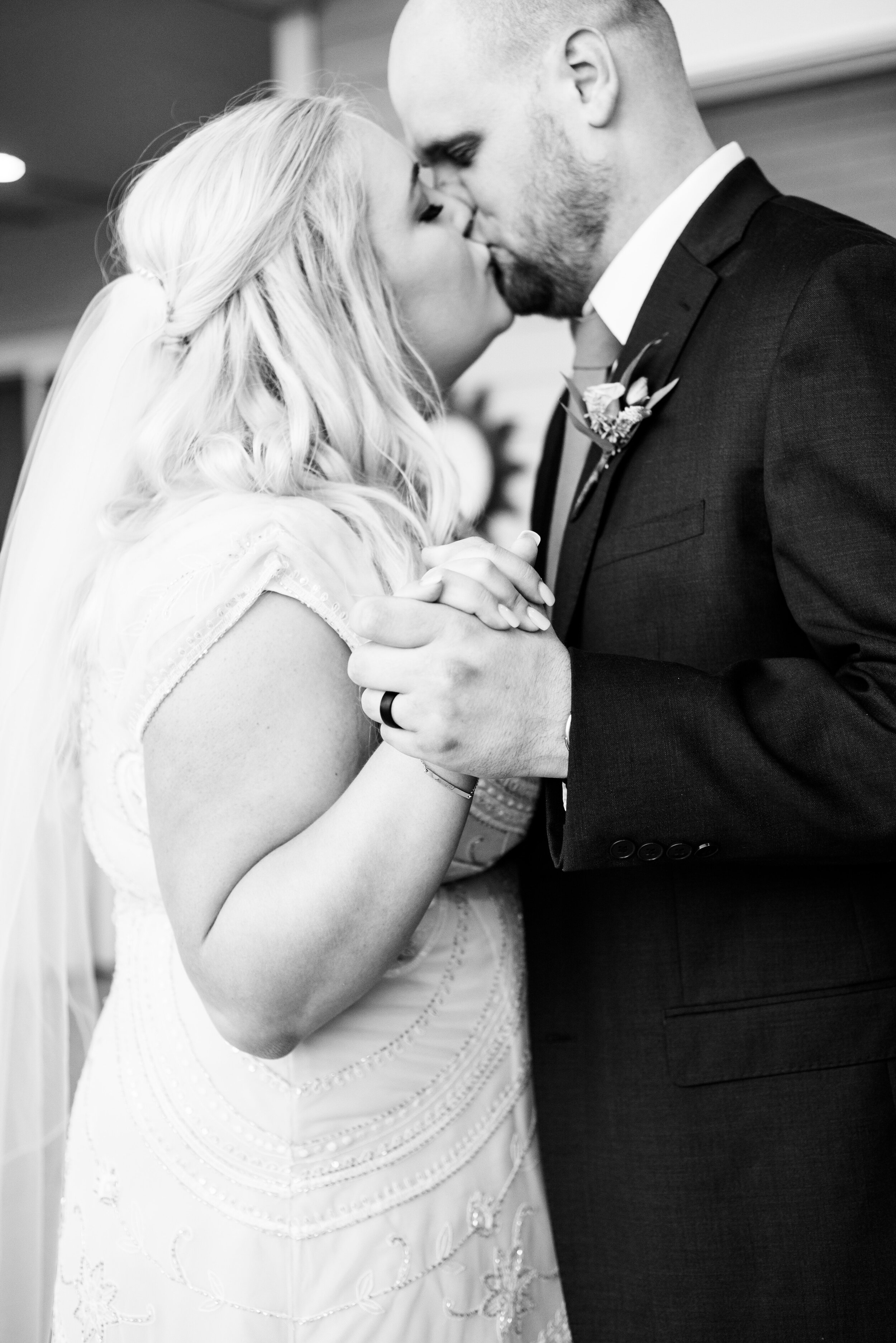 First Dance - Tri Cities Wedding Photographer - Morgan Tayler Photo & Design - Tri Cities Washington Backyard Wedding